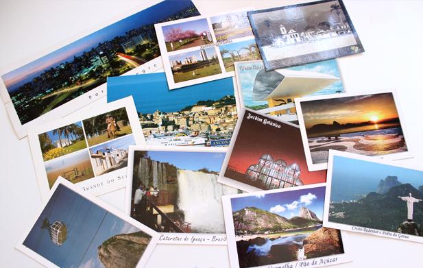 Cartões postais do Brasil e um da Itália perdido ali no meio.