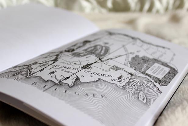 Acho que todos os livros deveriam ter um mapa. Ou uma planta baixa... Ou alguma indicação de caminhos, percursos e locais.